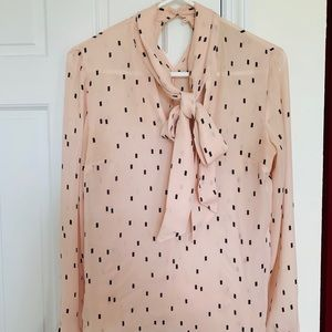 Vintage rose pink pussy bow shirt from Helsinki